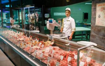 High performance Koeltoonbank met Plaatkoeling en met  steun verdamper Speciaal  voor vlees of vis producten  van Safecold B.V.